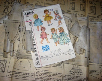 "18"" Suzie Sunshine Chatty Baby Belle-Telle by Mattel toy company Simplicity 4839 Vintage Doll Clothes pattern 1960s Cut used Complete Good"
