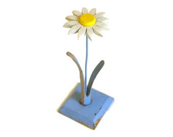 Vintage Hat Rack, Wood Hat Stand, Folk Art, Hat Display, Daisy Hat Holder, Cottage Chic Decor
