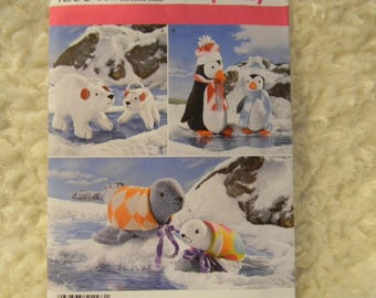 Uncut Simplicity Pattern 1298 Stuffed Polar Bears, Penguins and Seals, Each in Two Sizes!