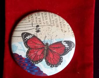 Booklover's Pocket Mirror with a Velvet Pouch