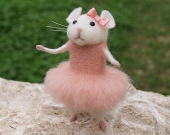 Mouse ballerina, Needle felted mouse, Felt ballerina mouse, White mouse, Needle felt animal, Needle felt miniature, Birthday gift