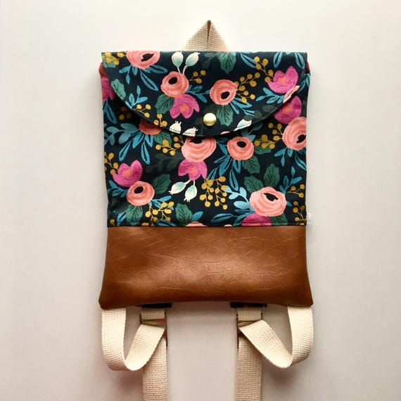 Rosa Flora Adventure Pack