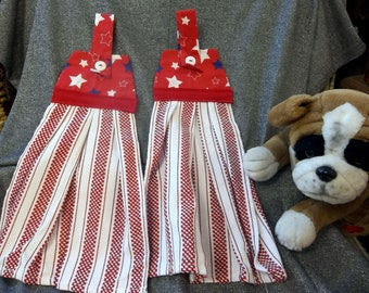 Hanging  Kitchen Woven Button Towels, Stars on Red Print Top