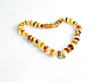 Organic amber teething necklace - personalized baby necklace - baby teething necklace- initial jewelry - baltic amber necklace