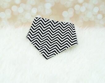 Baby Drool Bib (Tiny Black & White Chevron/Zigzag) ||| bibdana, baby shower gift, drool bib, dribble bib, drool bandana