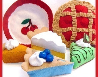 Blue Ribbon PIES - PDF Felt Food Pattern (Cherry, Grasshopper, Lemon Meringue, Blueberry, Pumpkin Pies and Pan)