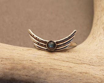 Arc/wing ring in bronze or sterling silver with Moonstone + Labradorite- Shadow gemstone wing ring