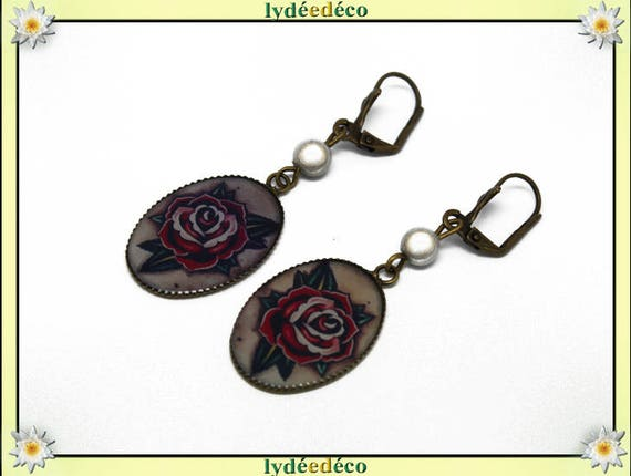 Earrings vintage retro flowers Old School resin bronze Red Green White Pearl glass pendant 18 x 25mm