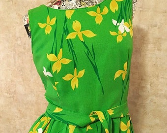 Vintage 60s Spring Green and Yellow Cotton Dress  medium large
