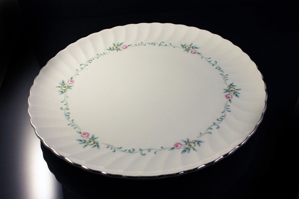 Dinner Plates, Syracuse, Silhouette, Sweetheart, Pink and Gray Roses ...
