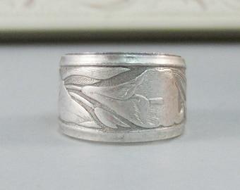 Iris Ring,Silver,Ring, Flower,Iris Ring,Antique Ring,Silver Ring,Blossom,Wedding,Bridesmaid. Handmade jewelery by valleygirldesigns.