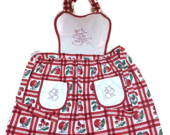 Apron Apples Vintage Fabric Size Medium to Large