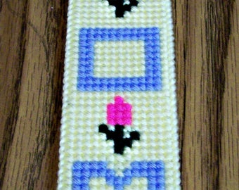 Plastic Canvas Mom Bookmark, Handmade, Needle Craft, Cross Stitch, Mother's Day Gift, Reading Marker, Stocking Stuffer, Gift for Her