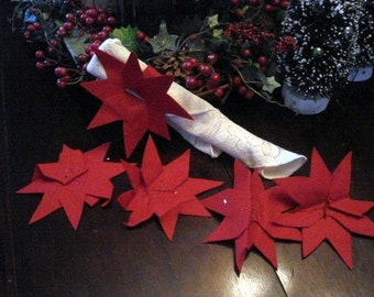 Vintage Red Poinsettia Felt Napkin Rings, Handmade Napkin Holders, Set of 5, Table Setting, Holiday Decor, Christmas Decoration  (457-10)