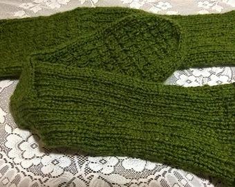 Handmade green indoor slippers