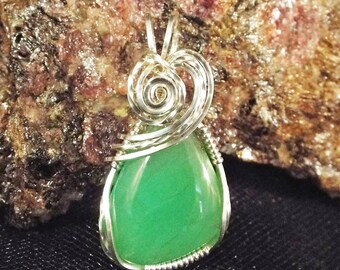 Apple Green Chrysoprase Sterling Silver Wire-Wrapped Pendant with chain included - item #1390