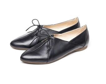 Sale! Black oxford shoes, women shoes, women flat shoes, tie shoes, casual shoes, handmade leather shoes by Burlinca. Blur model