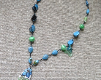 sky blue and spring green necklace, Mother's Day gift, spring necklace, summer necklace, floral necklace,flower necklace, statement necklace