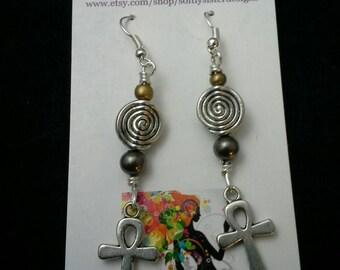 Silver Wire Earrings, Wire Wrapped Earrings, Aluminum Wire Earrings,   Dangle Earrings, Wire Art