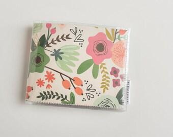 Billfold Vinyl Wallet - Botanical
