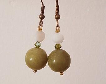 Jade and swarovski earring
