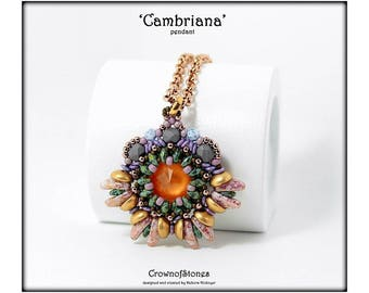 Bead pattern Cambriana pendant with Chilli beads, Piggy beads, Swarovski Rivoli, O beads, Superduos