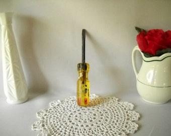 Vintage Screwdriver Flat Head Screwdriver Yellow Handle Tool Fuller USA Industrial Vintage Tool Hand Tool