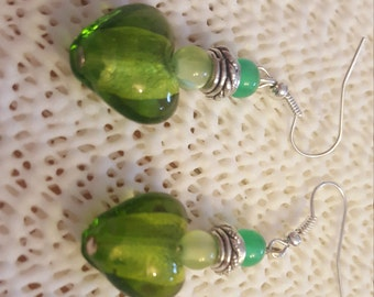 Green  heart  earring