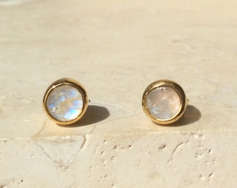 Raw Moonstone Stud Earrings, Raw Stone Gold Stud Earrings, Raw Gemstone Studs, Raw Stone Studs, Moonstone Gold Earrings, Birthstone Studs