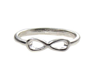 SIZE 5 Silver  Infinity Ring  - Birdhouse Jewelry