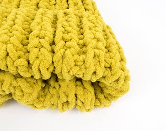 Yellow knit hat, cosy knit hat, big knit beanie, hand knitted chunky hat, oversized winter hat, women's winter hat,