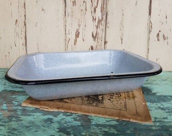 Antique Granite Cookware or Casserole Dish in Speckled Gray - Vintage Cooking Dish, Rustic Kitchen Decor, Old Gray + Black Enamelware Pan