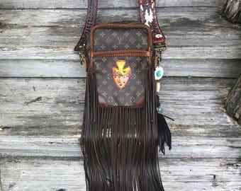 VINTAGE SWAG Vintage FRINGED Boho-style Louis Vuitton Crossbody/Shoulder Bag