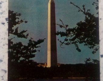 Collectible Washington D.C. Postcard: Washington DC Washington Monument