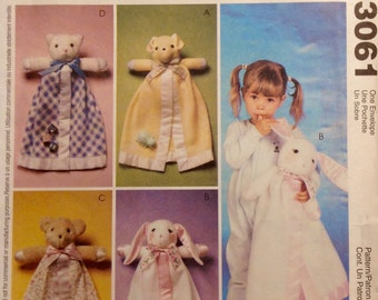 Sewing Pattern Blanket Buddies Dog Bunny Bear Cat Cuddly Toys Uncut 1980 Snggly Stuffies