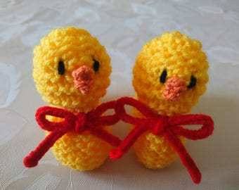 Knitted Easter Chick Creme Egg Cover