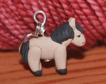 Pony Horse Stitch Markers drove of 4 Miniature Polymer Clay Animal Knit, Crochet Accessories