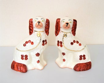 Pair of Antique Staffordshire Wally Dogs, vintage, White and Brown, Fireplace Dogs, Mantel Dogs, Mantelpiece Dogs, Pair Spaniel Figurines