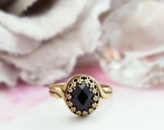 Black Crystal Ring - Swarovski Jet Crystal Ring - Black Victorian Ring - Jet Black Renaissance Jewelry - Black Oval Rhinestone Ring R5049