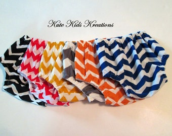 Baby Boy's Diaper Cover, Chevron Fabric, Available in Several Colors, Sizes 3M/6M/12M/18M, Photo Prop, Made to Order