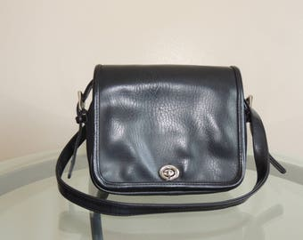 Black Vinyl Shoulder Bag, Multiple Compartments Travel Purse, Black Crossbody Bag, Vinyl Messenger Satchel