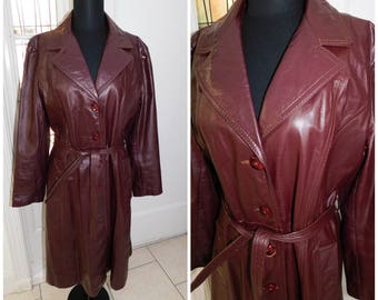 "70's Burgundy Leather coat, Maroon Leather Tench Coat, Leather Trench coat, 70s Leather coat, Carson Pirie Scott 40"" Chest"