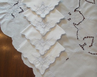 tablecloth Vintage Tea table Cloth and four napkins Cut work Embroidered table cloth set