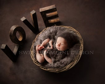 Newborn Photography Digital Backdrop for boys or girls - Rustic Love side on view