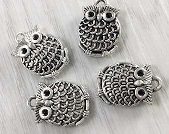 30   pcs Double Sided  ( 17  mm x 12 mm ) Owl  Charms  , Owl    Pendants , Owl Jewelry  Antique Tibetan Silver Tone
