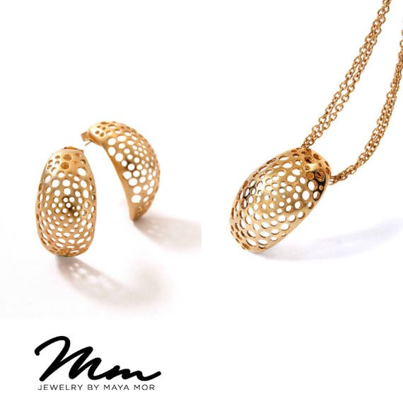 Gold Necklace Sets for Women