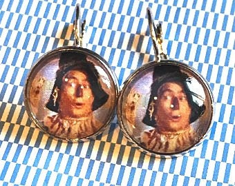 ScareCrown Wizard of Oz cabachon earrings - 16mm