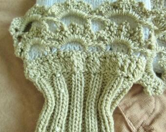 Bohemian lace fingerless gloves