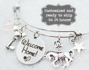 DVC Boardwalk - Welcome Home - Vacation Club - DISNEY Inspired, Disney Resort, Custom Name Charm Bracelet Adjustable Bangle, Mickey Key