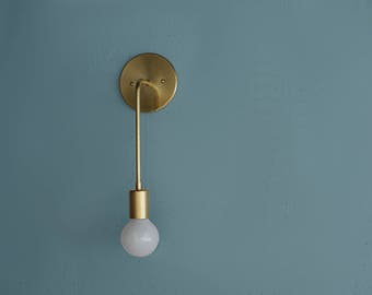 Brass wall sconce • Evelyn • Solid brass modern light • Brass lighting • Minimalist • Modern Sconce